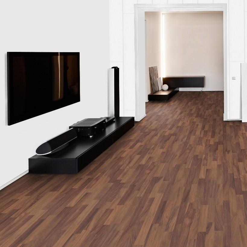 laminat nussbaum motion schiffsboden 3 stab gr ndorf. Black Bedroom Furniture Sets. Home Design Ideas