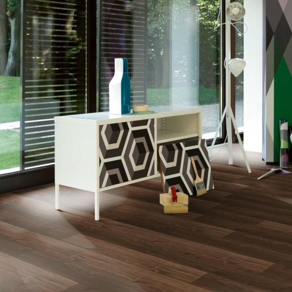 Laminat Walnuss Landhausdiele Holzstruktur | PARADOR Trendtime 1