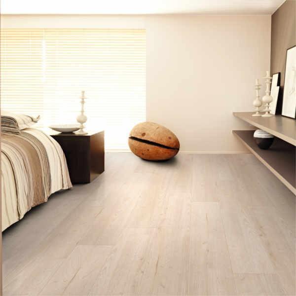 Laminat Weiße Mandel Landhausdiele mit V-Fuge | Easylife Pure | 9 m²