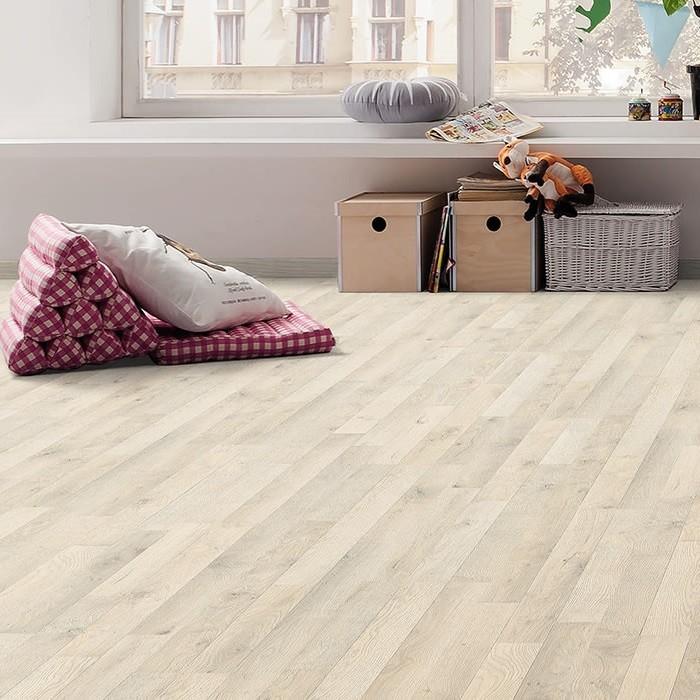 laminat samteiche grau schiffsboden 3 stab haro. Black Bedroom Furniture Sets. Home Design Ideas