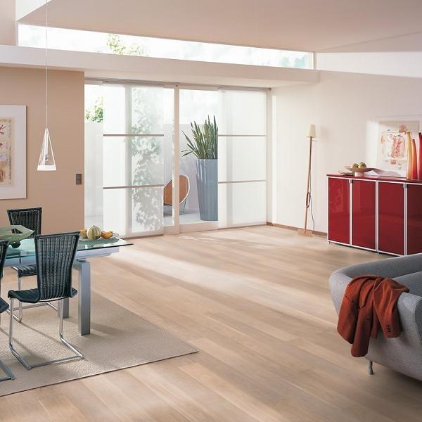 eiche ausgeglichen gefast geb rstet gek lkt lackiert 19 5. Black Bedroom Furniture Sets. Home Design Ideas