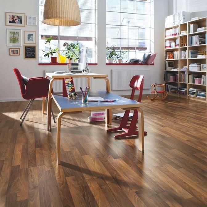 laminat nussbaum akzent pore schiffsboden 3 stab 2 wahl. Black Bedroom Furniture Sets. Home Design Ideas
