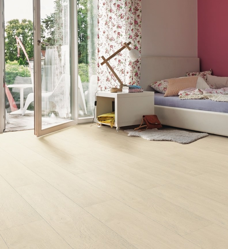 HARO Designboden Eiche naturweiß Landhausdiele XL 4V   DISANO Life   2. Wahl   34 m²