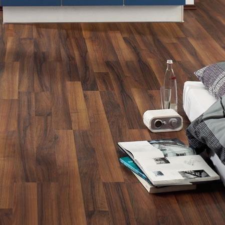 laminat nussbaum ambiente schiffsboden 3 stab haro. Black Bedroom Furniture Sets. Home Design Ideas