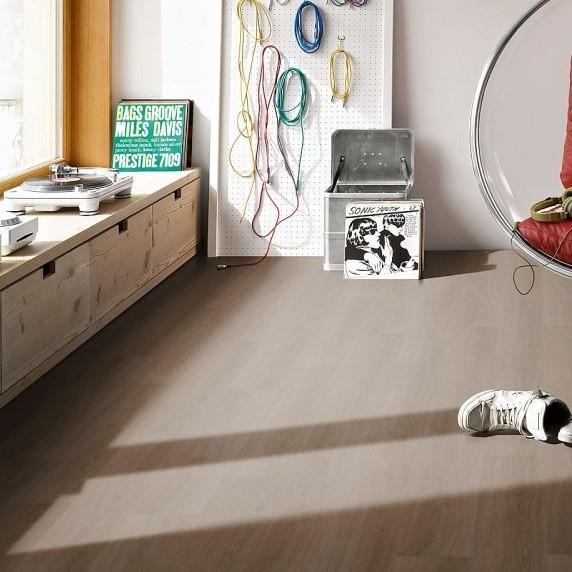 PARADOR Vinyl Eiche Studioline antik Holzstruktur | Trendtime 6.30