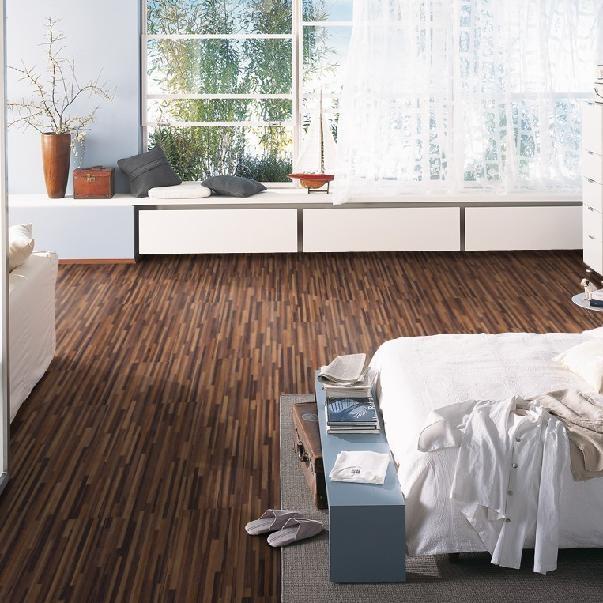 laminat nussbaum mittelbraun multistripe ter h rne. Black Bedroom Furniture Sets. Home Design Ideas
