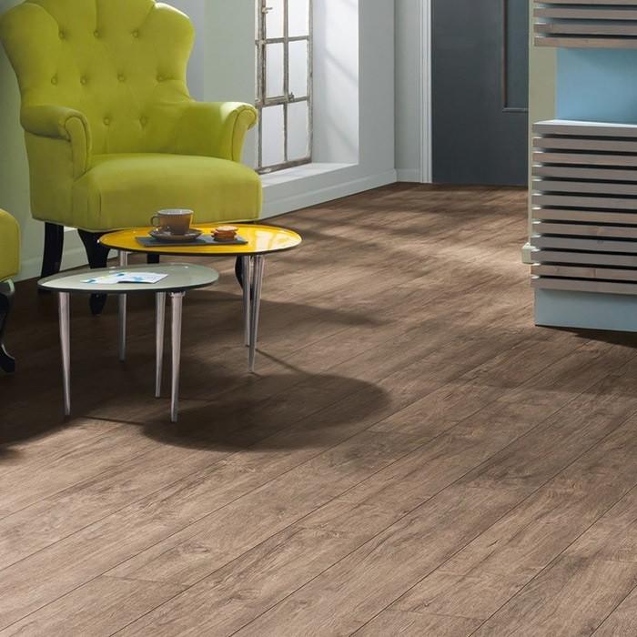 haro laminat eiche kansas landhausdiele 4v pore rustikal. Black Bedroom Furniture Sets. Home Design Ideas