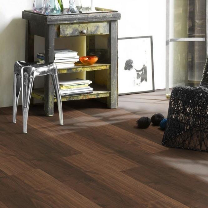 laminat walnuss landhausdiele holzstruktur parador. Black Bedroom Furniture Sets. Home Design Ideas